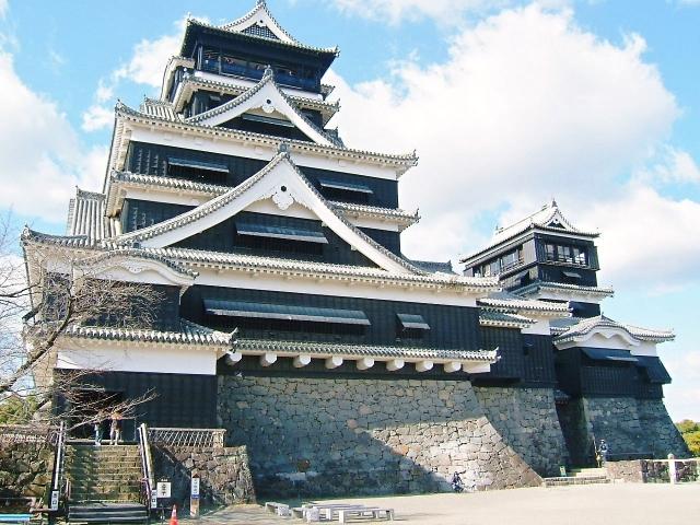 歴史的な建物から近代的なものまで!日本の有名な建造物10選